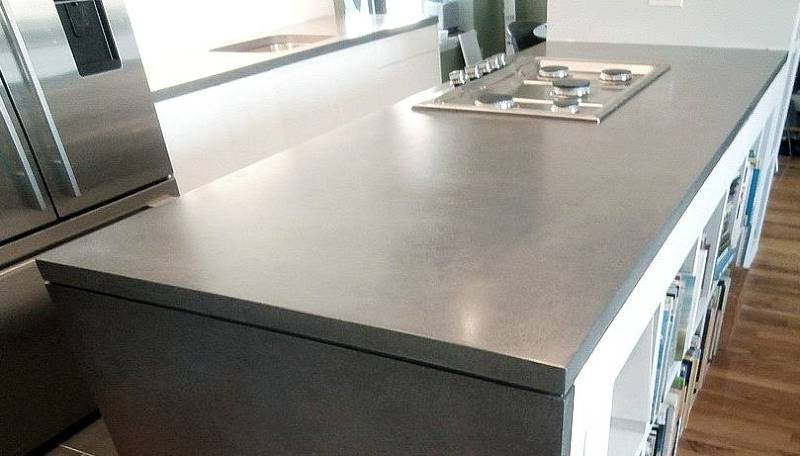 smooth and shiny concrete countertops on kitchen island