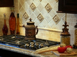Kitchen Backsplash: Kitchen backsplash styles vary to suit the needs