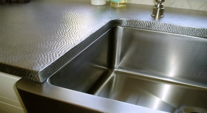 Metal / Stainless Countertops